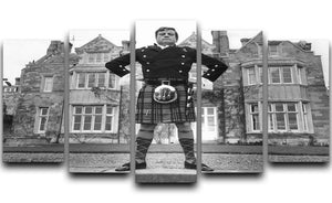 Oliver Reed in a kilt 5 Split Panel Canvas  - Canvas Art Rocks - 1