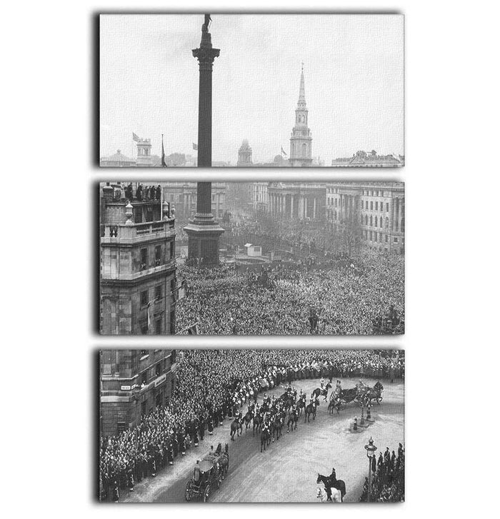 Queen Elizabeth II Wedding wedding coach in Trafalgar Square 3 Split Panel Canvas Print