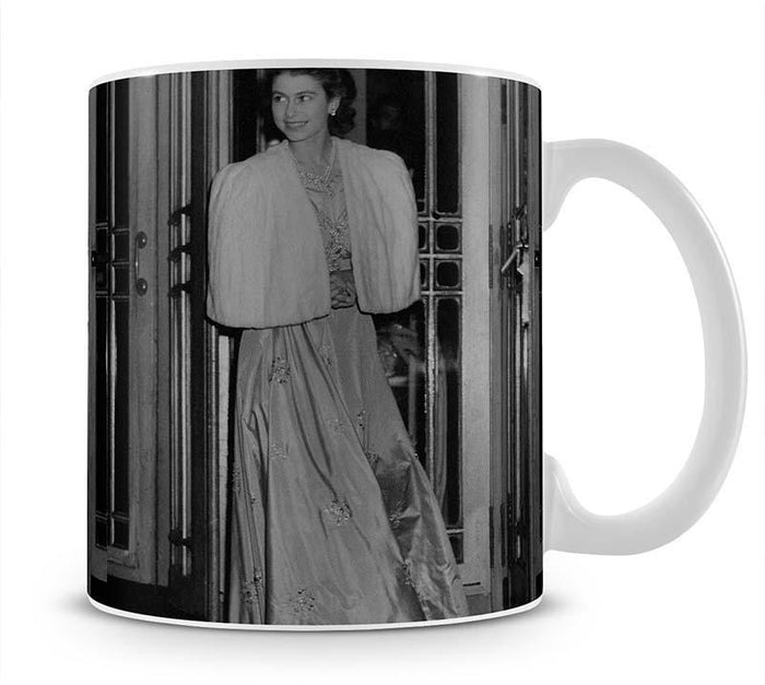 Queen Elizabeth II the day she was engaged to Prince Philip Mug
