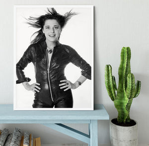 Suzi Quatro Framed Print - Canvas Art Rocks -6
