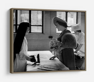 The Queen Mother at a training college HD Metal Print