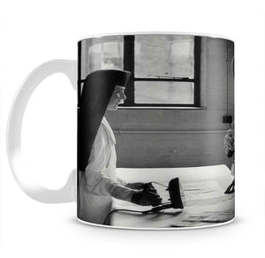 The Queen Mother at a training college Mug - Canvas Art Rocks - 2