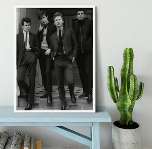 The Searchers in a doorway Framed Print - Canvas Art Rocks -6