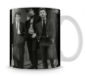 The Searchers in a doorway Mug - Canvas Art Rocks - 1