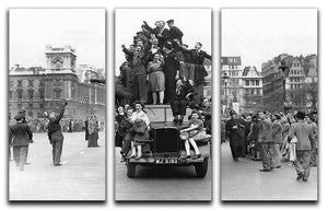 VE celebrations in London 3 Split Panel Canvas Print - Canvas Art Rocks - 1