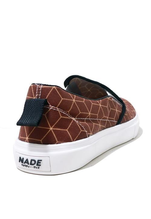 NH002 Nade slip on shoes cubes