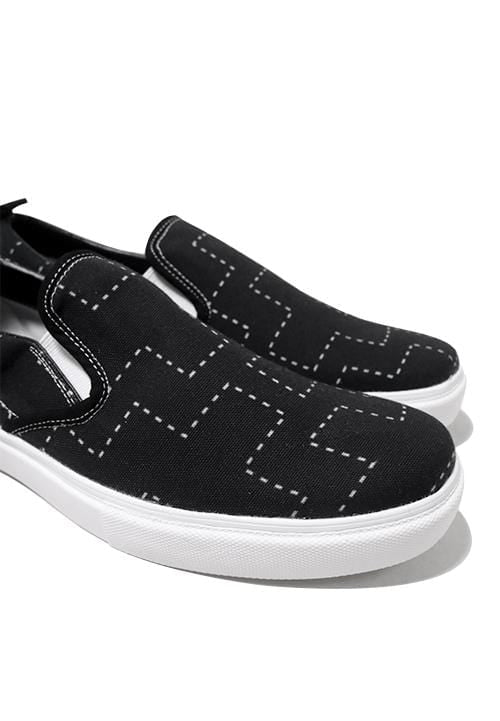 NH017 nade slip on shoes dotted trial black