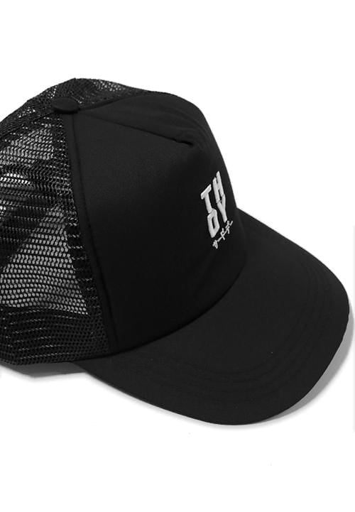 Third Day AM063F TRUCKER HAT BIG THDY BLK