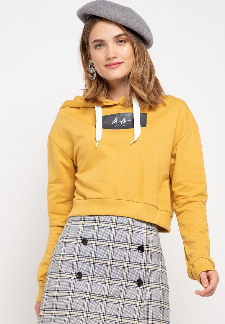LMP011 pbch crop hoodie thdy sign rectangle mustard