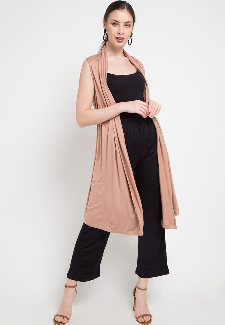 FO001 Outer Sleeveless Light Brown