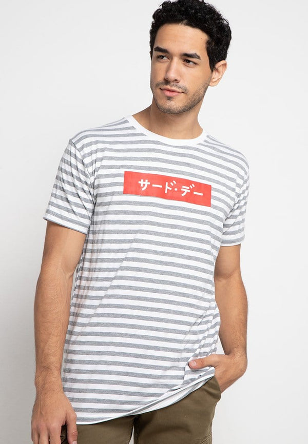 Third Day MTE13F katakana red small stp gr-wh T-shirt Multiwarna