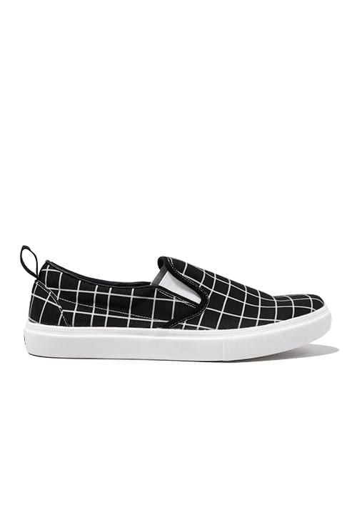 NH023 nade slip on shoes rectangles black