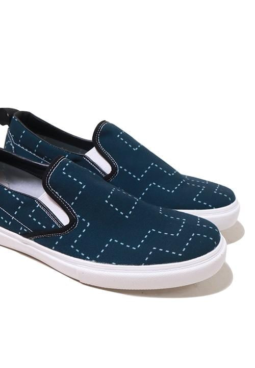 NH018 nade slip on shoes dotted tribal blue