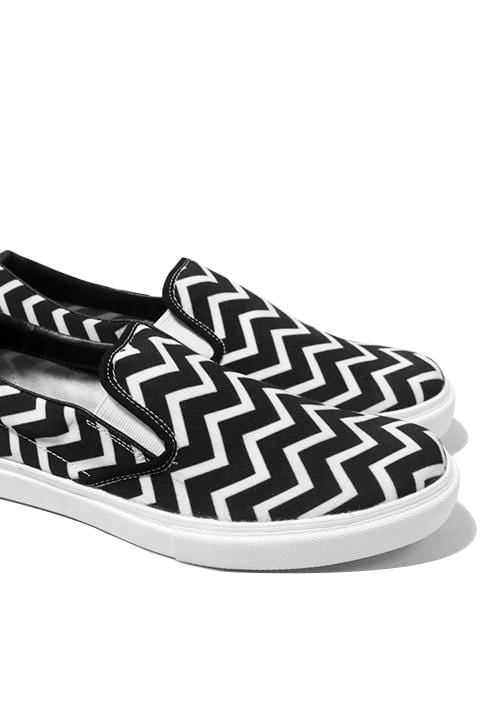 NH006 Nade slip on shoes zig zag