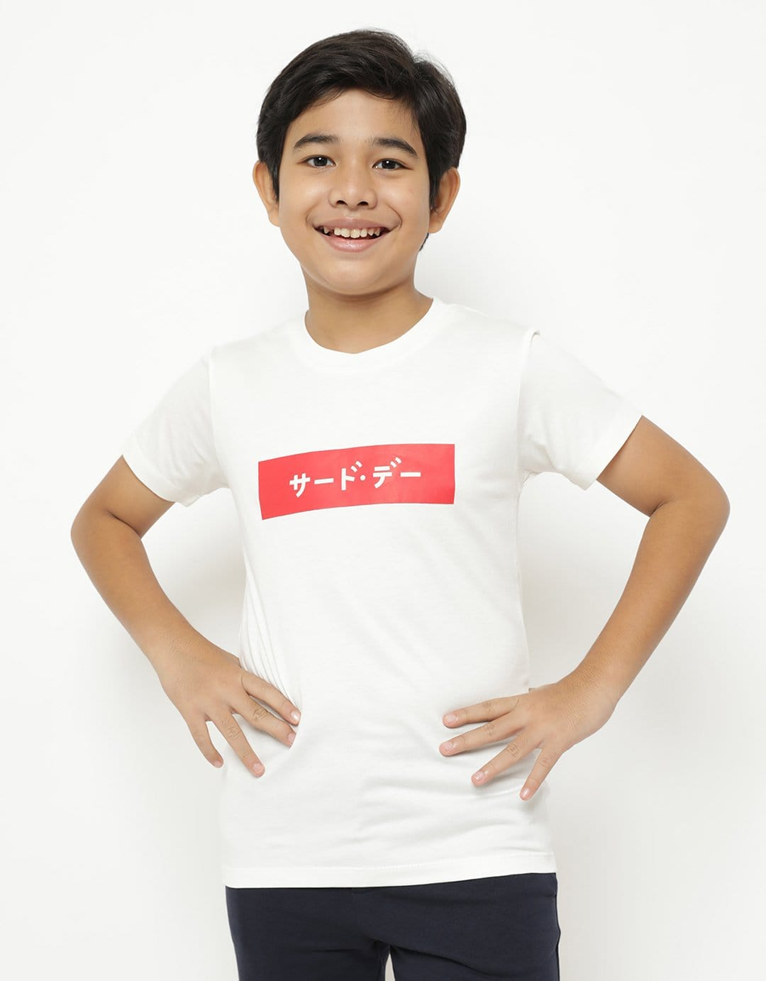 BT181 thirdday kaos anak katakana merah inverted putih