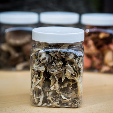 Dried Maitake Mushrooms (Hen of the Woods)