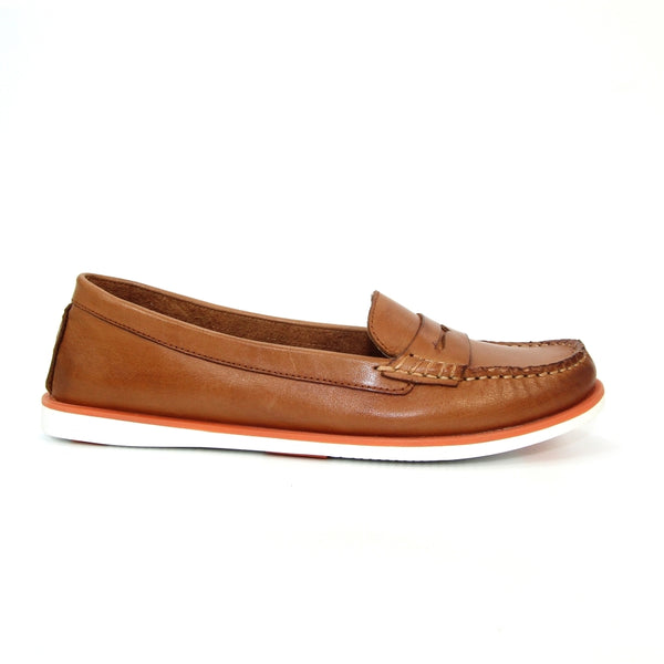 Lunar Manuela Leather Boat Shoe | Tan