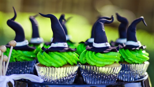 Wicked Witch Cupcakes with hats