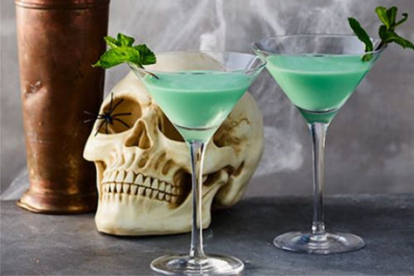 Halloween Cocktails Green Mint With A Wicked Twist