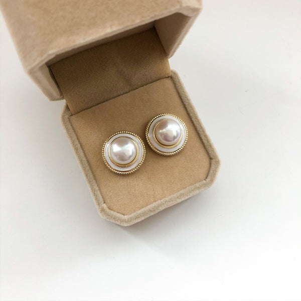 Feminine Mystery Stud Earrings - 14K Gold Vermeil