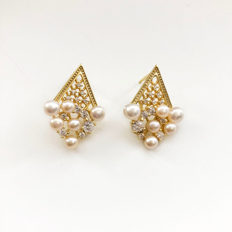 Pearl Magic Dangles - 14K Gold Vermeil