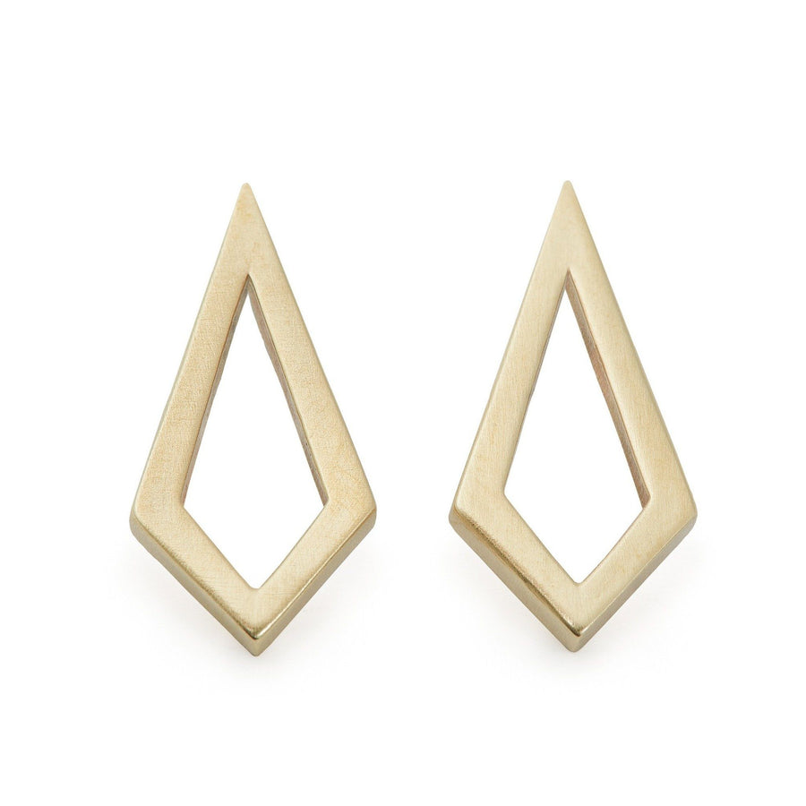 Minimalist kite shaped earrings in yellow bronze