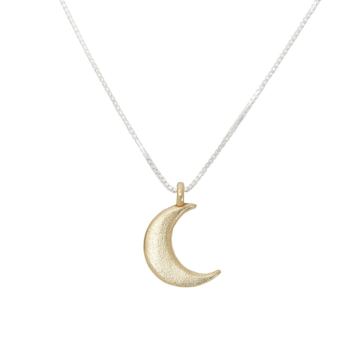 Minimalist crescent moon necklace in gold