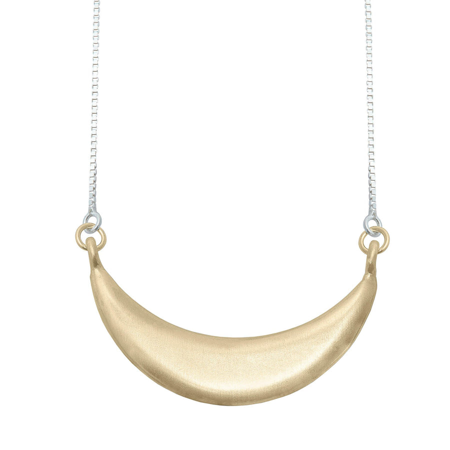 Minimalist gold crescent moon necklace by Cielomar Jewelry