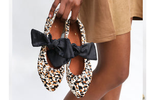 Palesa Flat in Splash Cowhide / Black Bow