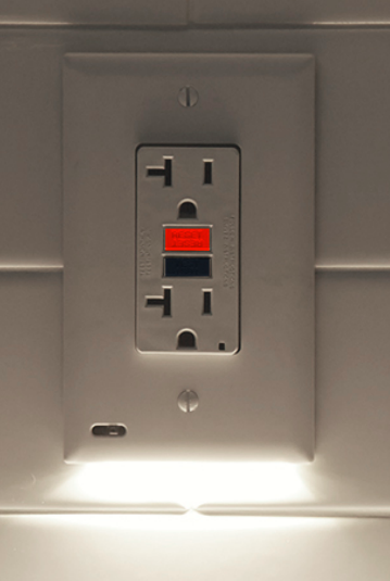 SnapPower Lighting - Outlet/Switch Cover R-Evolution