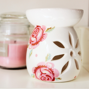 Oil Wax Burner - with pink roses - Country & Shabby details