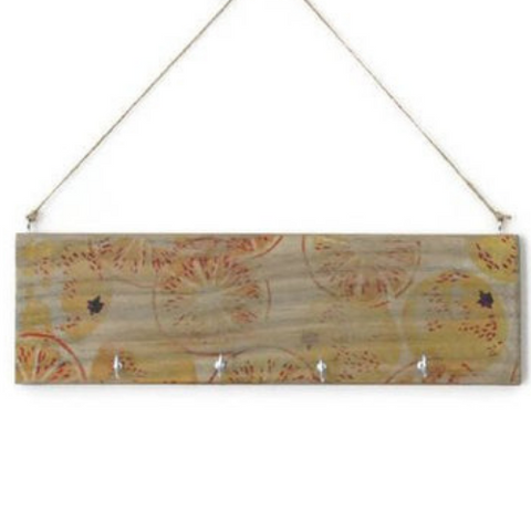 Wall key holder 'MARMALADE' - Country & Shabby details