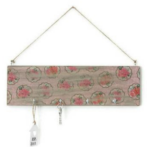 Wall key holder 'PINK FLOWERS' - Country & Shabby details