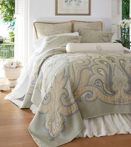 """21701"" Tapestry Bedding"