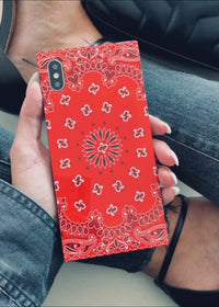 "[""Red"", ""Bandana"", ""Square"", ""iPhone"", ""Case""]"