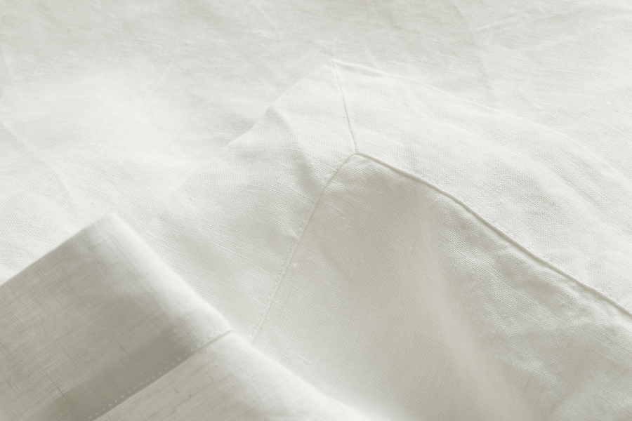 ISE sustainable natural white GOTS organic Belgian linen flat sheet with mitred corner detail for the bed room
