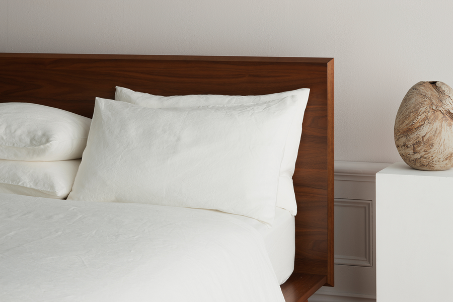 ISE sustainable natural white GOTS organic Belgian linen standard pillowcases with envelope closure