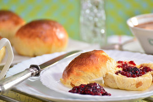 Royal Scones With Coconut Cream