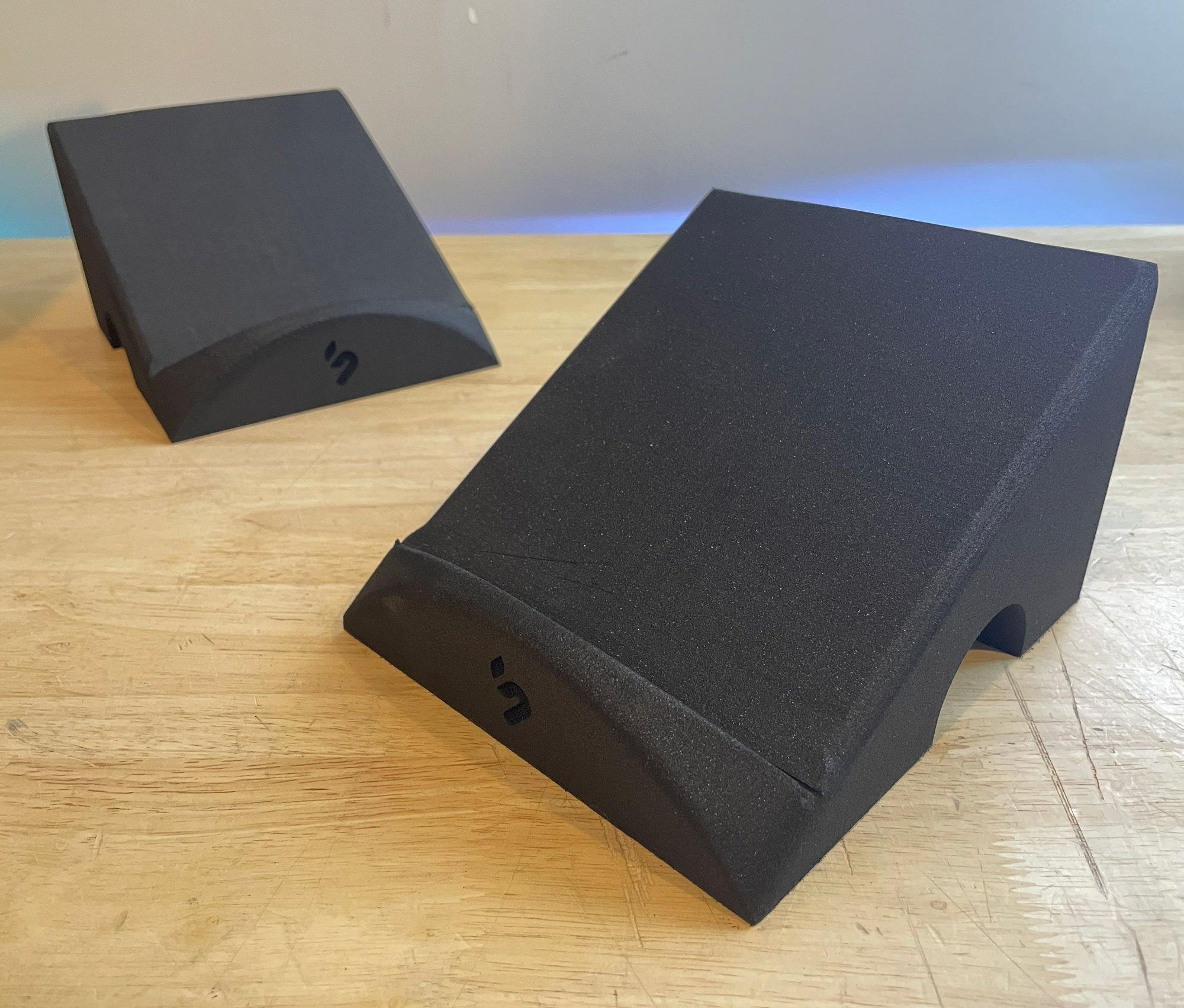B-Stock Pedal Stands Pair | Audio Interface Foam Desk Angle Risers