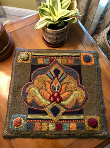Reflect (small)-LRH Linen rug hooking pattern