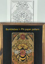 Bumblebee I- Paper Punch Needle Pattern-(PAPER PATTERN ONLY)