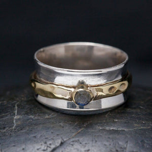 Silver Meditation Ring | Cut Labradorite | Size 8