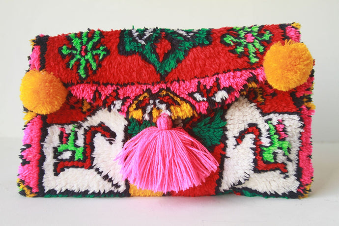 Beni Clutch Red/Green