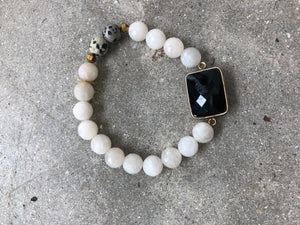 Darling II Bracelet- black and white with gold beads