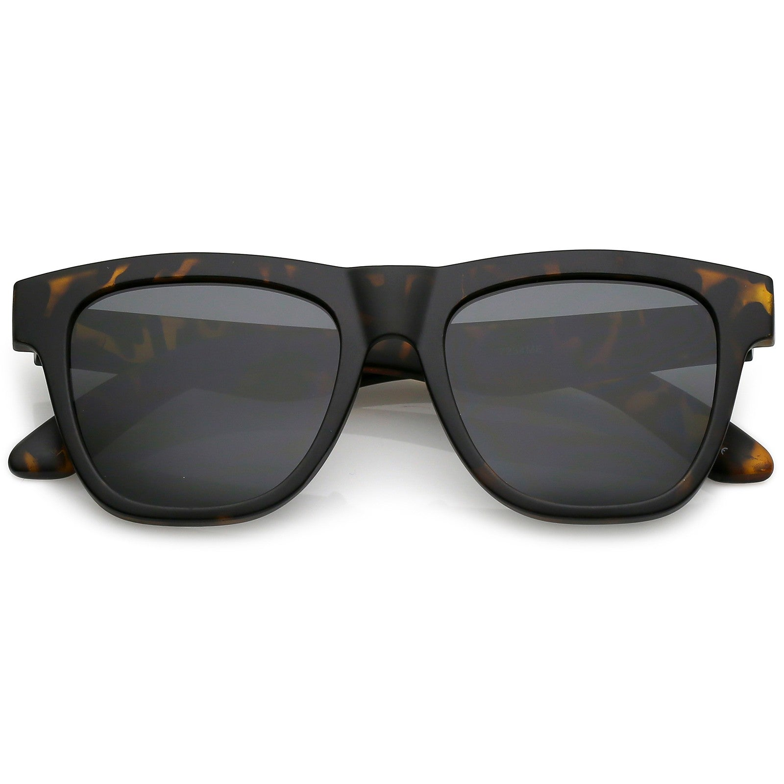 Classic Horn Rimmed Sunglasses With Thick Arms