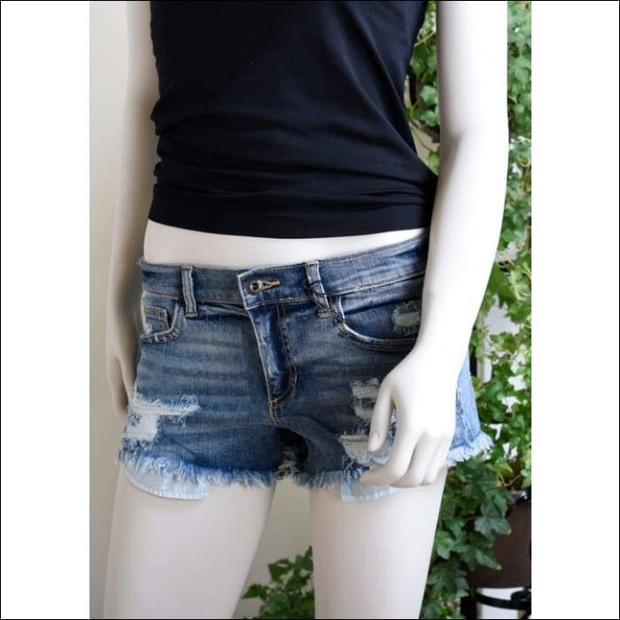 DISTRESSED MID RISE BOYFRIEND SHORTS  - Olive Gypsy Boutique