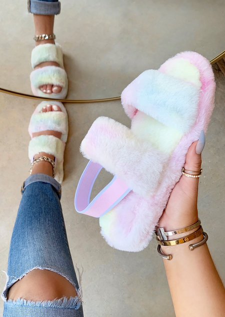 BLUSH FAUX FUR SLIDES