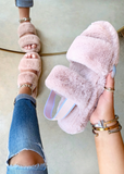 SO FLUFFY BLUSH SLIDES