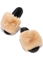 SNUGGLE TAN FAUX FUR SLIDE