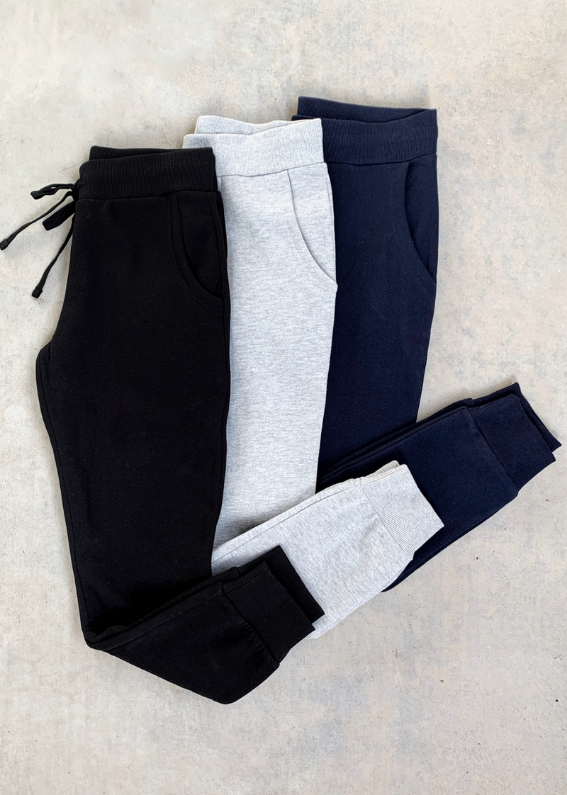 MUST HAVE ESSENTIAL JOGGER